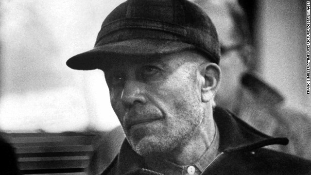 Ed Gein killed at least two women and dug up the corpses of several others from a local cemetery in Wisconsin, using their skin and body parts to make clothing and household objects in the 1950s.
