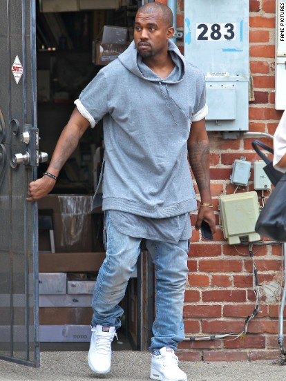 Kanye West took a break from daddy duty to run an errand in Beverly Hills on July 11.