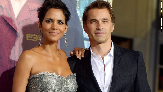 Halle Berry and Olivier Martinez arrive at the premiere of