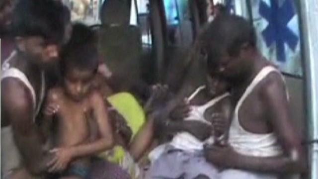 Al menos 22 niños mueren por comida envenenada en la India