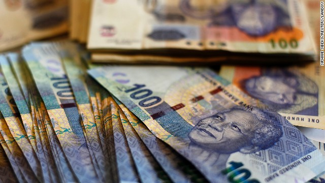SOUTH AFRICA: South African bank notes featuring Mandela are seen at an office in Johannesburg.
