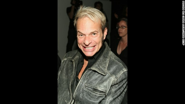 "David Lee Roth is another celeb who can assist in an emergency. The rocker switched gears from music to medical help in 2004 when <a href='http://www.people.com/people/article/0,,783462,00.html' target='_blank'>he worked as an EMT in New York.</a>"" border=""0″ height=""360″ id=""articleGalleryPhoto0012″ style=""margin:0 auto;display:none"" width=""640″/><cite style="