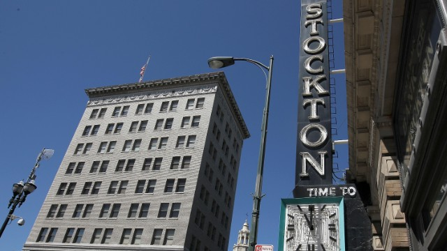 <a href='http://edition.cnn.com/2012/06/27/business/california-stockton-bankruptcy'>Stockton, California</a>, filed for bankruptcy on June 28, 2012, due to a $26 million budget deficit and an inability to reach an agreement with its creditors.