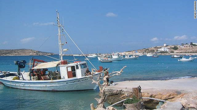 Koufonisia's remoteness and lack of tourism-contrived facilities have kept it a hidden bohemia.