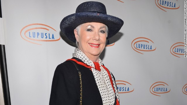 Shirley Jones' new book reveals sexy details