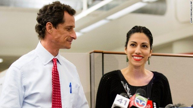 Photos: Weiner addresses lewd exchanges