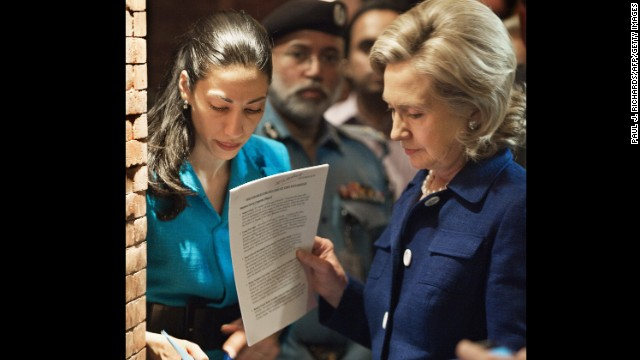 Huma Abedin dines with Clinton spokesman