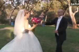 Una boda falsa con un motivo auténtico