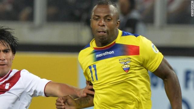 """Muere el futbolista ecuatoriano Christian """"Chucho"""" Benítez"""