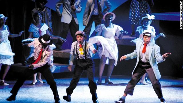 Niños de la calle se convierten en las estrellas de un musical
