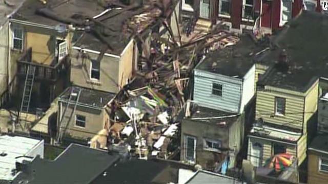 Varios heridos tras colapso de casas en Filadelfia