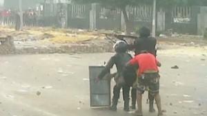 130729130552 Pkg Sayah Egypt Turmoil Crackdown Fears 00010721 Story Body