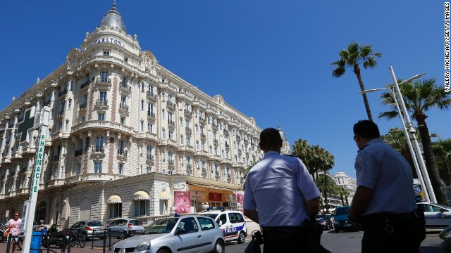 An armed robber held up a jewelry exhibition in the French resort city of Cannes, stealing jewels worth an estimated $136 million (102 million euros). It took place a little before noon on July 28, 2013, at the Carlton Hotel. Here's a look at other major heists.