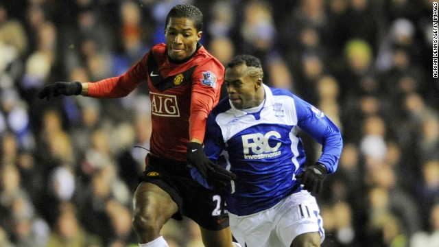Benitez spent a year on loan in the English Premier League with Birmingham City in 2009-2010. He made 36 appearances for City, scoring four goals and came up against Ecuador teammate Antonio Valencia, who plays for Manchester United.