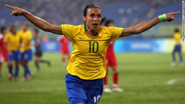 Marta is one of the players who wants the tournament played on grass.