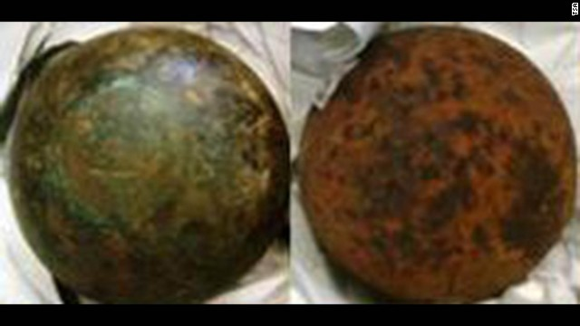 Two cannonballs were found in luggage at Hawaii's Kahului Airport.