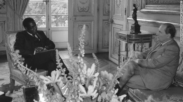 Mugabe meets with President of France Francois Mitterand in Paris in 1982.