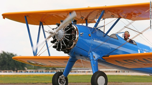 Compare Leadbottom to this Stearman biplane at AirVenture 2013 in Oshkosh, Wisconsin.