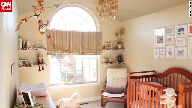<a href='http://ireport.cnn.com/docs/DOC-1011514'>Corrie Moore</a>'s <a href='http://littlehouseontheupdate.com' target='_blank'>neutral nursery</a>.