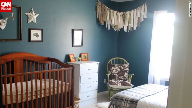 <a href='http://ireport.cnn.com/docs/DOC-1013122'>Kilee Nickels</a>' rustic and <a href='http://www.onelittlemomma.com/' target='_blank'>Western</a> nursery.