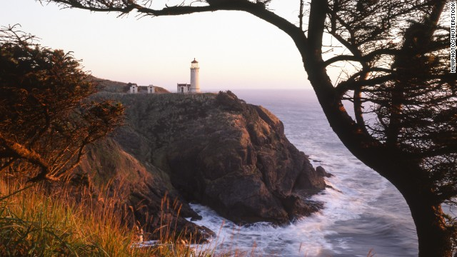 Washington state's Long Beach Peninsula includes <a href='http://funbeach.com/local-attractions/cape-disappointment-state-park/' target='_blank'>Cape Disappointment State Park</a>, featuring rugged cliffs, beaches and North Head Lighthouse (shown here).