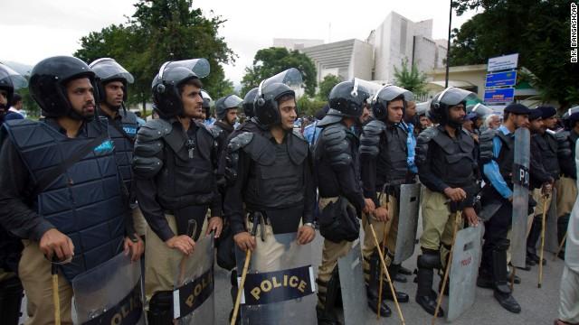 Pakistán, en alerta roja por un posible atentado