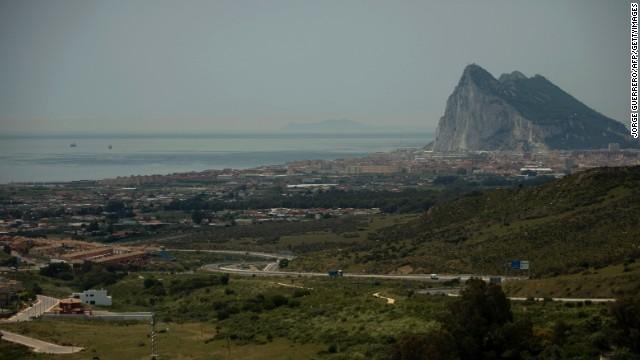 Aumenta la tensión entre Gran Bretaña y España por Gibraltar