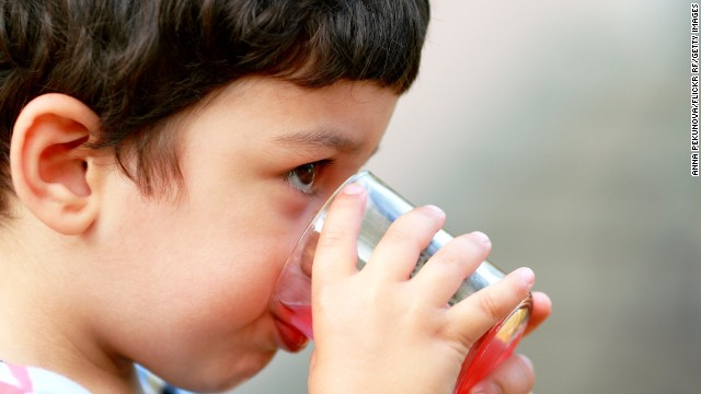 Study: Kids who drink soda, juice weigh more – The Chart ...