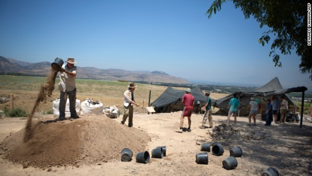 Digging at Tel Hazor