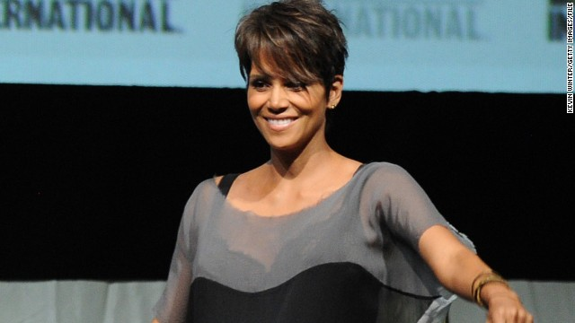 How Halle Berry's pregnancy impacted 'X-Men'