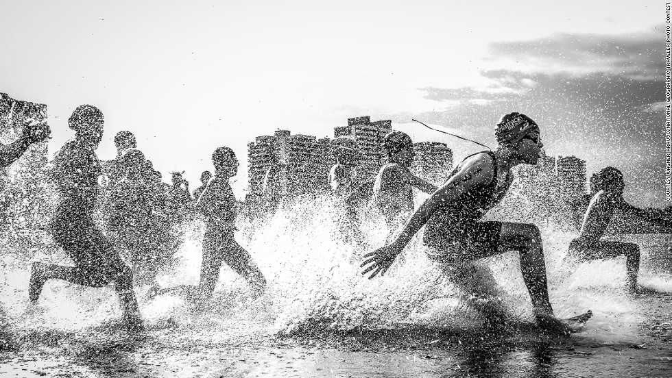 national geographic winners 2013 photo contest runners water marathon