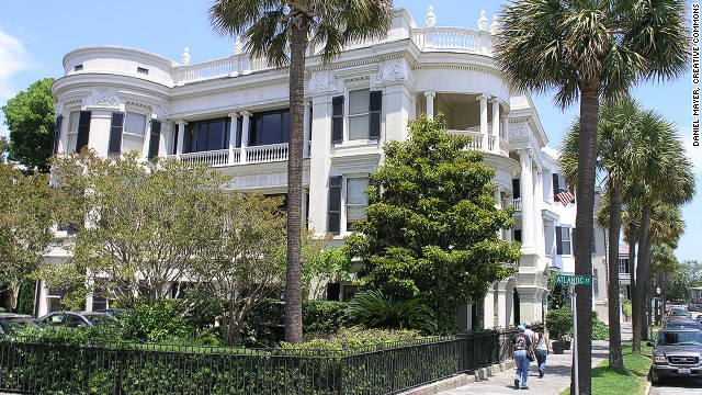 5. Charleston, South Carolina Score: 91.5 The only U.S. city that made it into the top 10 friendliest cities. Charleston took first place in a previous poll to find the friendliest cities in the United States.