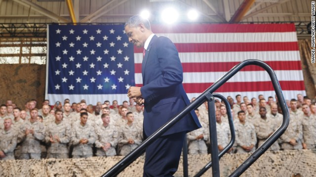 Obama reminds Marines of continued al Qaeda threats