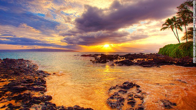 "Even if you don't catch one of Hawaii's famed ""green flash"" sunsets (Ever seen one? Leave a comment below), it's hard to feel anything but deep satisfaction when the sun sets over Maui's Makena State Park and the island's tiki bars start getting crowded."
