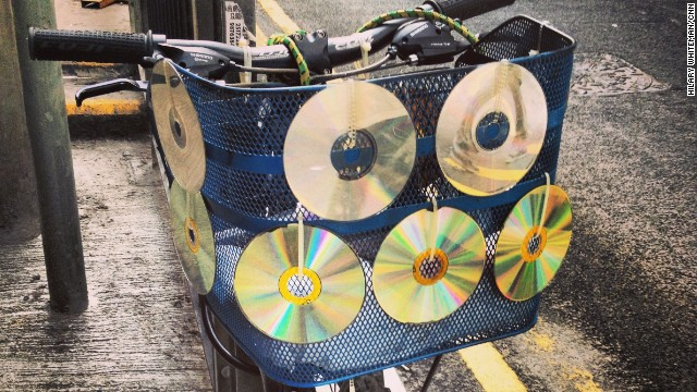 CDs and Discmans may have fallen out of favor in the iTunes world, but creative minds always find new uses for the reflective music carriers.