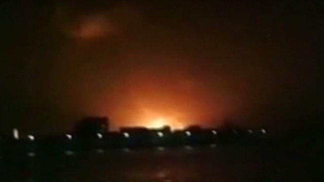 Incendio en un submarino deja varios muertos en India
