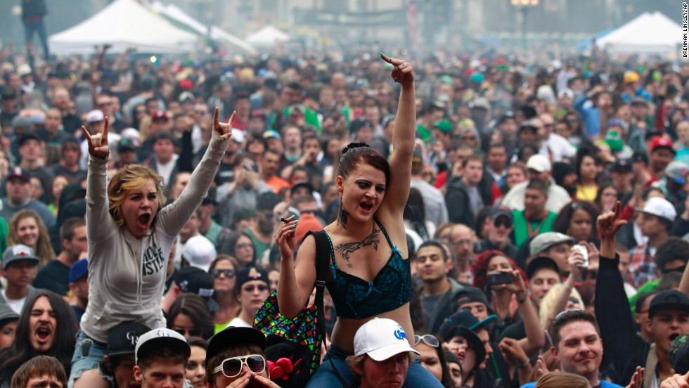 ¿La marihuana es más o menos perjudicial que el alcohol?
