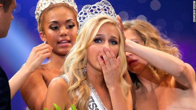 Arrestan al joven que 'sextorsionó' a la ganadora de Miss Teen USA