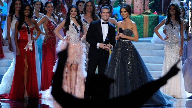 Andy Cohen won't host Miss Universe in Russia