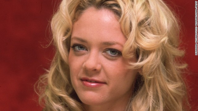 "Actress <a href='http://www.cnn.com/2013/08/15/showbiz/lisa-robin-kelly-dead/index.html' target='_blank'>Lisa Robin Kelly</a>, one of the stars of TV's ""That '70s Show,"" died August 14, according to her agent, Craig Wyckoff. Kelly was 43."