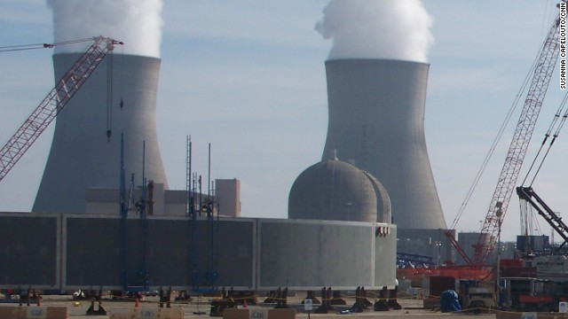 Report: U.S. nuclear plants remain vulnerable to terrorists