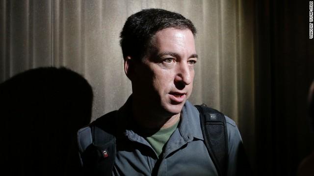 Detienen al compañero de Glenn Greenwald en Londres