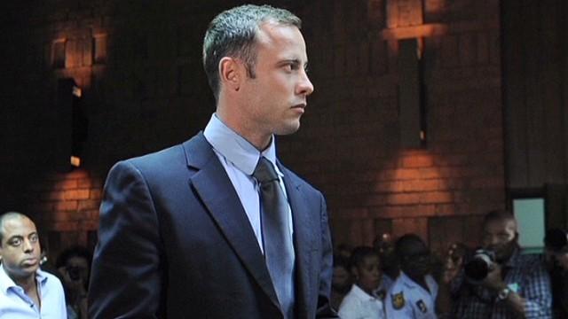 Oscar Pistorius irá a juicio el 3 de marzo de 2014 por el asesinato de Reeva Steenkamp