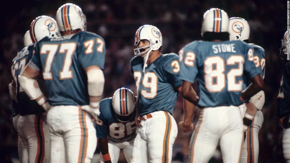 The 1972 undefeated Miami Dolphins have been invited to the White House to meet with President Barack Obama. However, three former Dolphins told Florida's Sun Sentinel columnist David Hyde that they will not be attending for political reasons. Click through to see other athletes who have snubbed a White House invite.