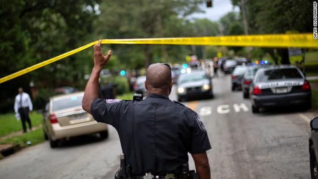 La policía de Georgia, EE.UU., detiene al hombre que atacó una primaria
