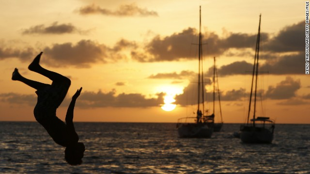 You don't have to be a wealthy yacht owner to sail into the sunset. CNN takes a look at five ways to travel the globe for free.
