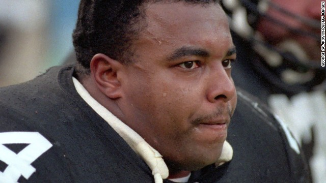 Offensive lineman Terry Long of the Pittsburgh Steelers commited suicide by drinking antifreeze. Although the antifreeze caused swelling of the brain, football-related brain injuries were a contributing factor to his death.