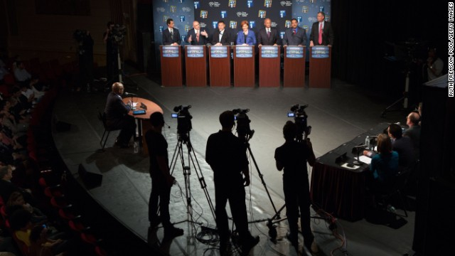 Mayoral hopefuls spar over stop and frisk in debate