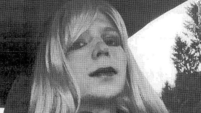 El soldado Bradley Manning se declara transgénero, ¿qué significa?