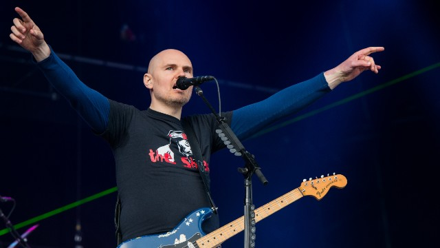 Billy Corgan enters the world of wrestling, and more news to note